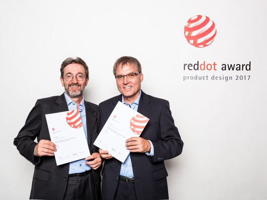 "Happy about the internationally popular design award ""Red Dot"": Jürgen Lippert (left), Senior Product Manager Global Marketing Laparoscopy, and Rudolf Zepf, Manager Technical Application Research V..."