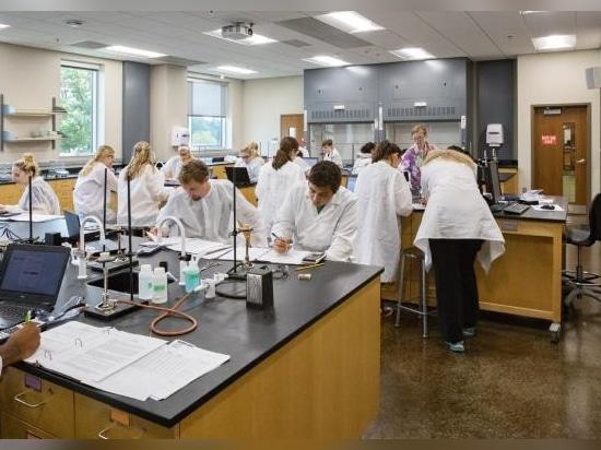 Center for the Sciences—Chemistry & Biochemistry Building, Valparaiso University, Valparaiso, Ind.