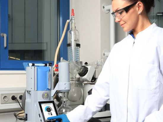 New Interactive Controller Keeps Vacuum Processes Under Control