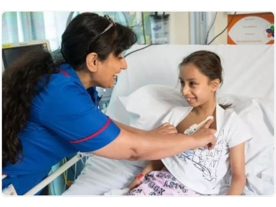 The Isansys Patient Status Engine monitors a young patient as part of the RAPID (Real-Time Adaptive and Predictive Indicator of Deterioration) project at the Birmingham Women's and Children's NHS F...