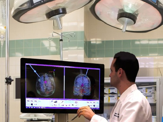 SNAP PROVIDES AUGMENTED REALITY FOR BRAIN SURGERY