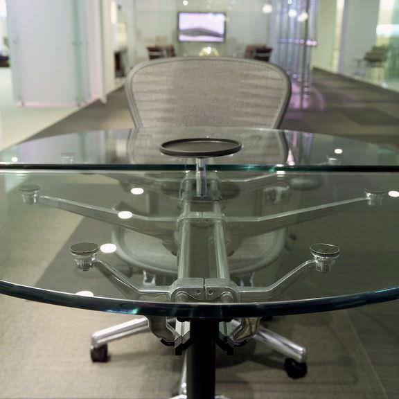 Secretária Retangular / Oval. Burdick Group Herman Miller