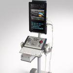 ecógrafo portátil com carrinho / para ecografia urológica / em preto e branco / doppler em cores