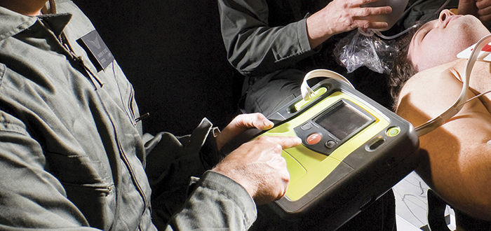 Semi-automatic external defibrillator / manual / USB / with