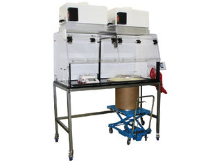 laboratory workstation for the pharmaceutical industry