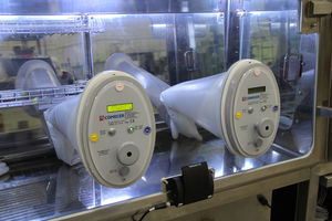 glove integrity tester / for laboratory isolators / compact / digital