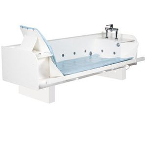 electric medical bathtub / height-adjustable / with side access / with bath seat