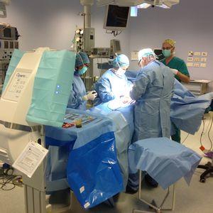 operating room laminar air flow