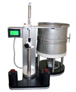 closing machine for the pharmaceutical industry