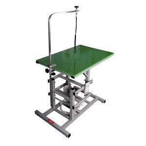 height-adjustable grooming table