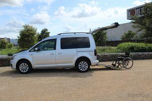 car wheelchair ramp / vehicle-mounted