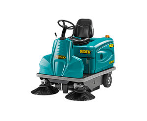 healthcare facility vacuum sweeper / ride-on