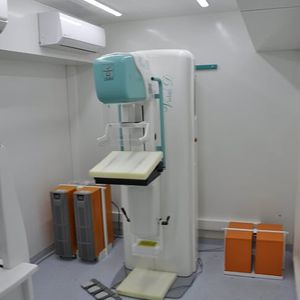 mammography mobile radiology room