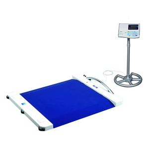 electronic platform scale / for wheelchairs / with digital display / with separate indicator