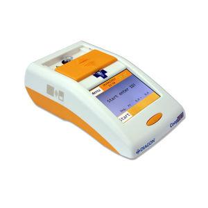 coagulation POC analyzer / veterinary / whole blood / portable