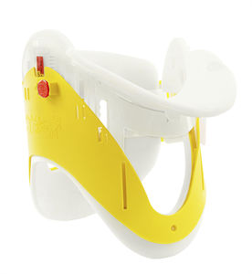 emergency cervical collar with tracheal opening
