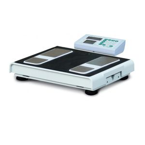bio-impedancemetry body composition analyzer / for fat mass measurement / with mobile display / portable