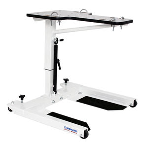 ergotherapy table on casters