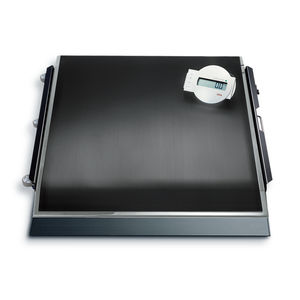 electronic platform scale / for wheelchairs / dialysis / with digital display