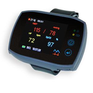 cuffless blood pressure monitor / general medicine / automatic / ambulatory