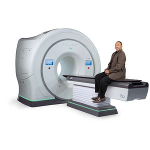 3D conformational radiation therapy linear particle accelerator / image-guided radiation therapy / intensity-modulated radiation therapy / with robotized positioning table