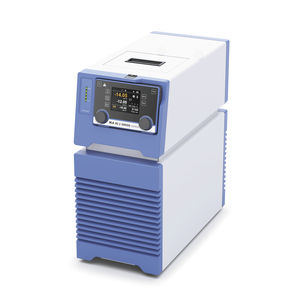 benchtop laboratory chiller