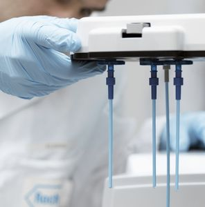 DNA next-generation sequencer