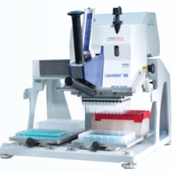 laboratory pipetting robot