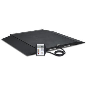 electronic platform scale / for wheelchairs / bariatric / with LCD display