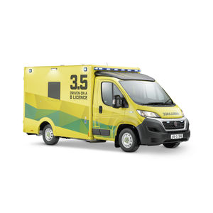 paramedics ambulance / box / type B