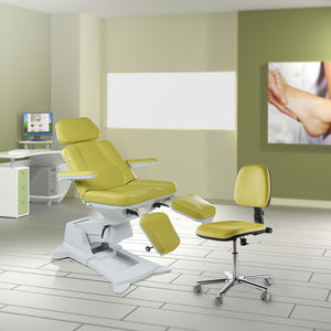 height-adjustable pedicure chair / 3-section