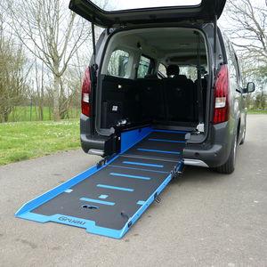 minivan wheelchair accessible vehicle