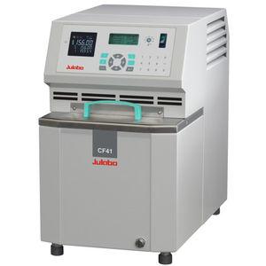 heating cryostatic bath / refrigerated / circulating / compact