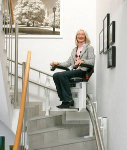 exterior stairlift / folding / armchair type