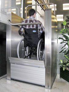 wheelchair lifting platform