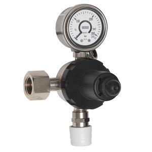 medical gas pressure regulator