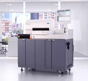automated immunoassay analyzer / for clinical diagnostic / floor-standing / compact