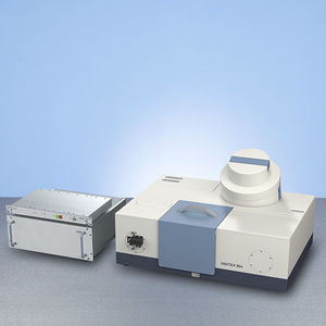 FT-IR spectrometer