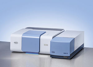 FT-Raman spectrometer / for research