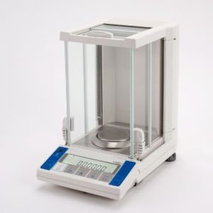 electronic laboratory balances / with digital display / benchtop