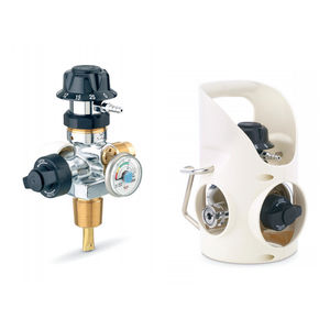 medical gas pressure regulator / integrated / with flow selector