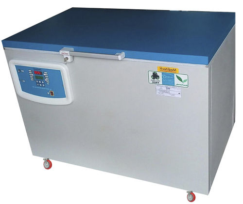 solar-powered refrigerator