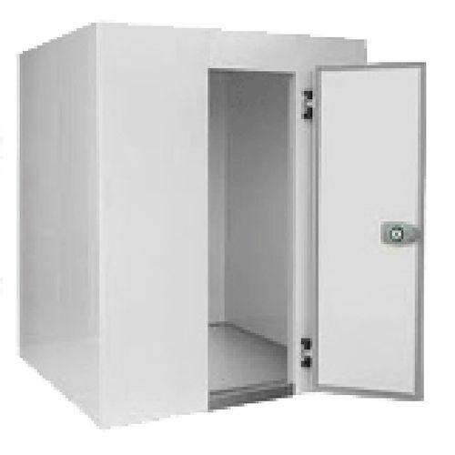 walk-in freezer / laboratory / solar-powered