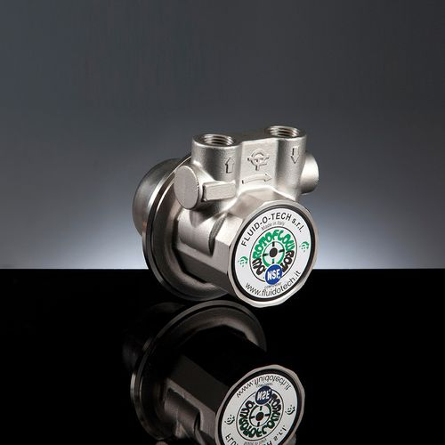 liquid pump / for gas / rotary vane