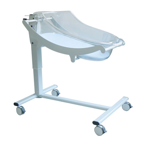 height-adjustable hospital bassinet / on casters