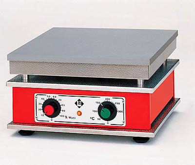 analog hotplate / for laboratory liquids