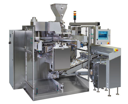 filling and sealing machine for the medical industry / sachet / intermittent-motion / vertical