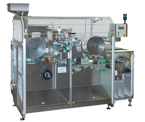 floor-standing packaging system / in-line / for the pharmaceutical industry / for medicine