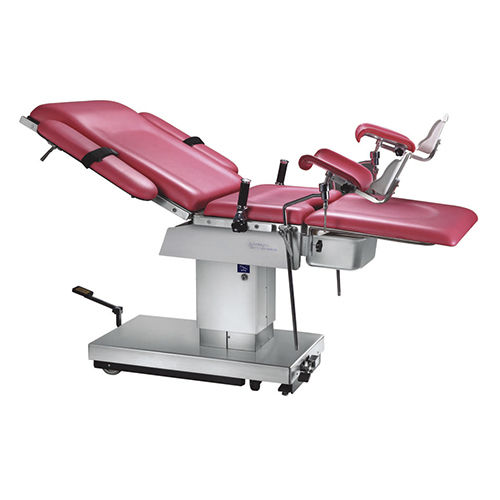 hydraulic delivery table / with footrest