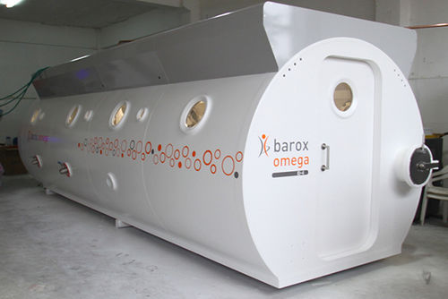 oxygen therapy hyperbaric chamber / multiplace